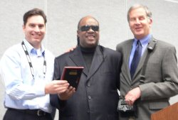 Stevie Wonder and Mike May Present Award to Sensory